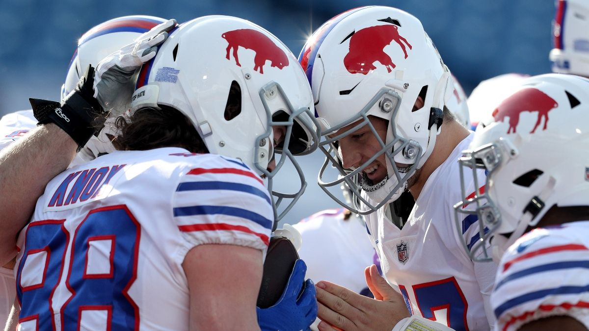 NFL Odds & Pick for Buffalo Bills vs. San Francisco 49ers: Monday Night Football's Spread Betting Edge article feature image