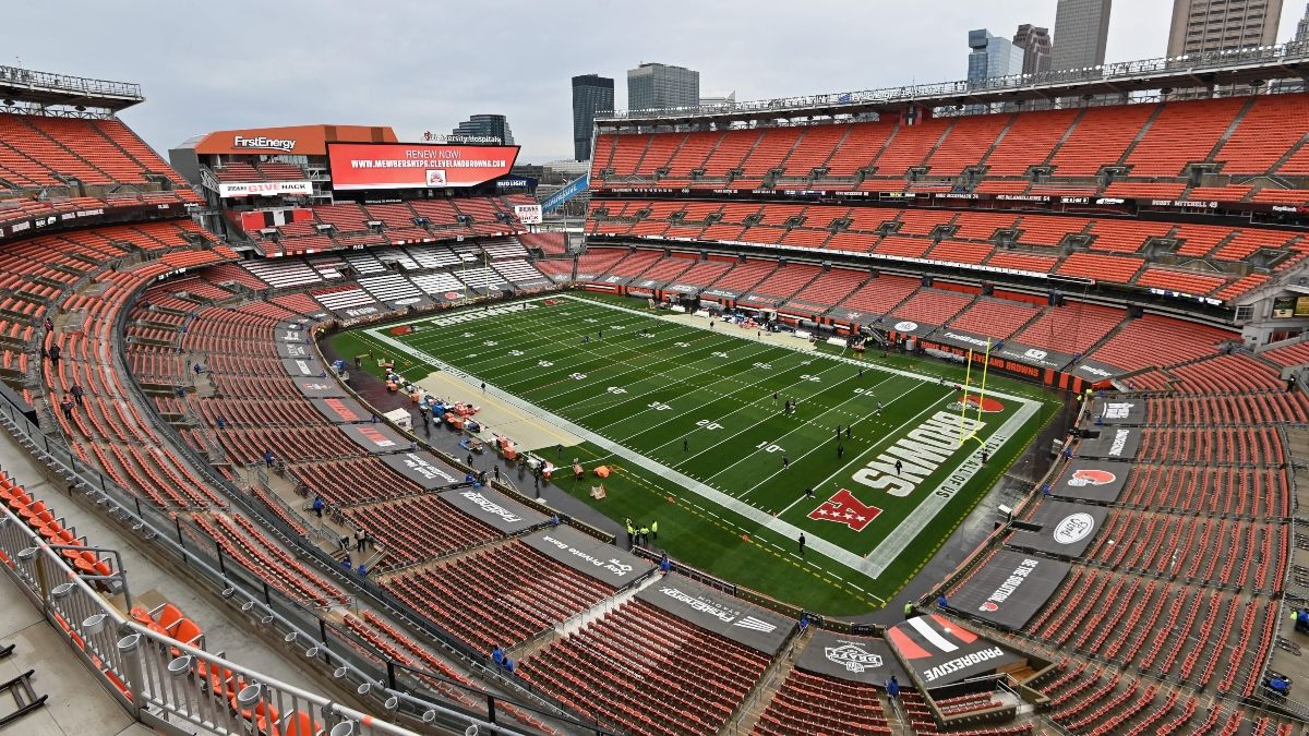 NFL Weather Report For Ravens vs. Browns: Wind Is Impacting Monday Night Football Total article feature image