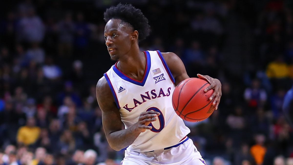 Creighton vs. Kansas College Basketball Odds & Picks: Bank on Jayhawks' Defense at Home article feature image