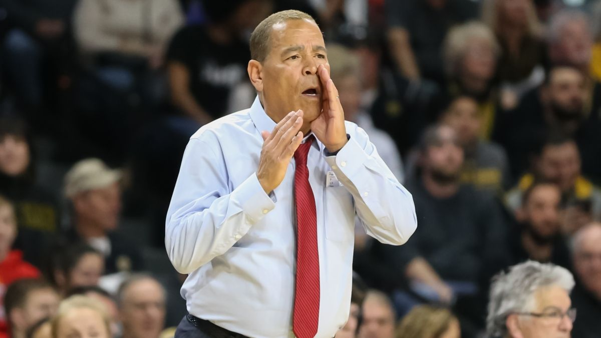 College Basketball Odds & Picks for Houston vs. UCF: Betting Value Lies On Saturday's Over/Under article feature image