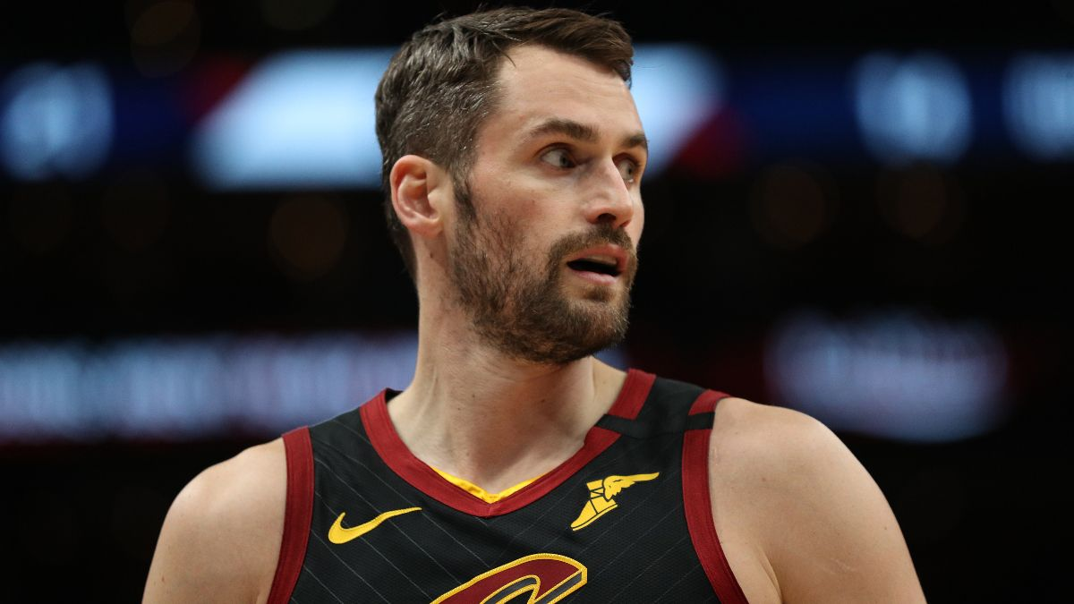 NBA Injury News & Starting Lineups (Dec. 26): Kevin Love Questionable for Saturday's Game article feature image