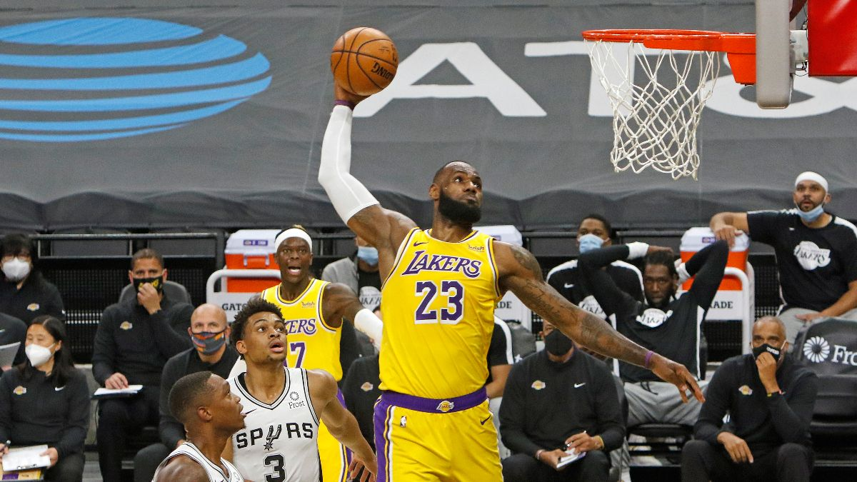 New Year's Day NBA Odds & Picks for Lakers vs. Spurs: Back Hot Start Los Angeles' Top Guns (Friday, Jan.1) article feature image