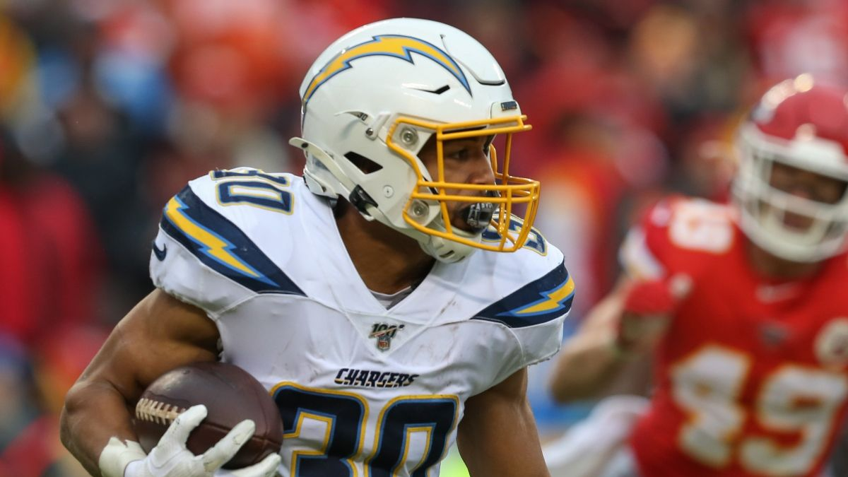 Chiefs vs. Chargers Odds & Picks: L.A. Can Cover Spread vs. Resting K.C. Team article feature image