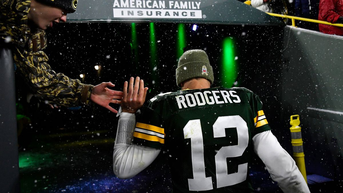 Packers vs. Panthers Odds & Picks: Bet Saturday's Underdog article feature image