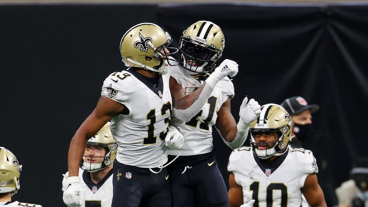 Wild Card Weekend Injury Tracker: Updates on Alvin Kamara, Michael Thomas Before Sunday Games article feature image