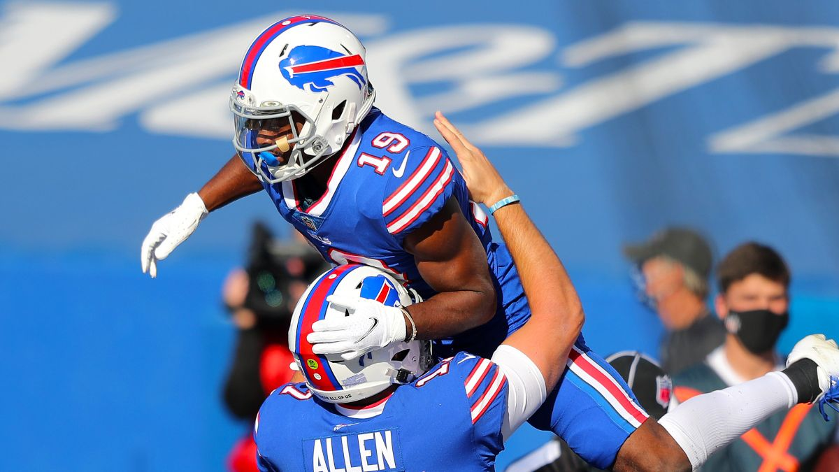 Monday Night Football Picks & Predictions: 4 Ways to Bet 49ers vs. Bills article feature image