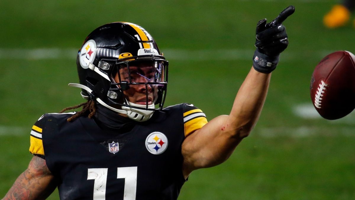 NFL Prop Bets & Picks For Steelers vs. Bills On Sunday Night Football article feature image