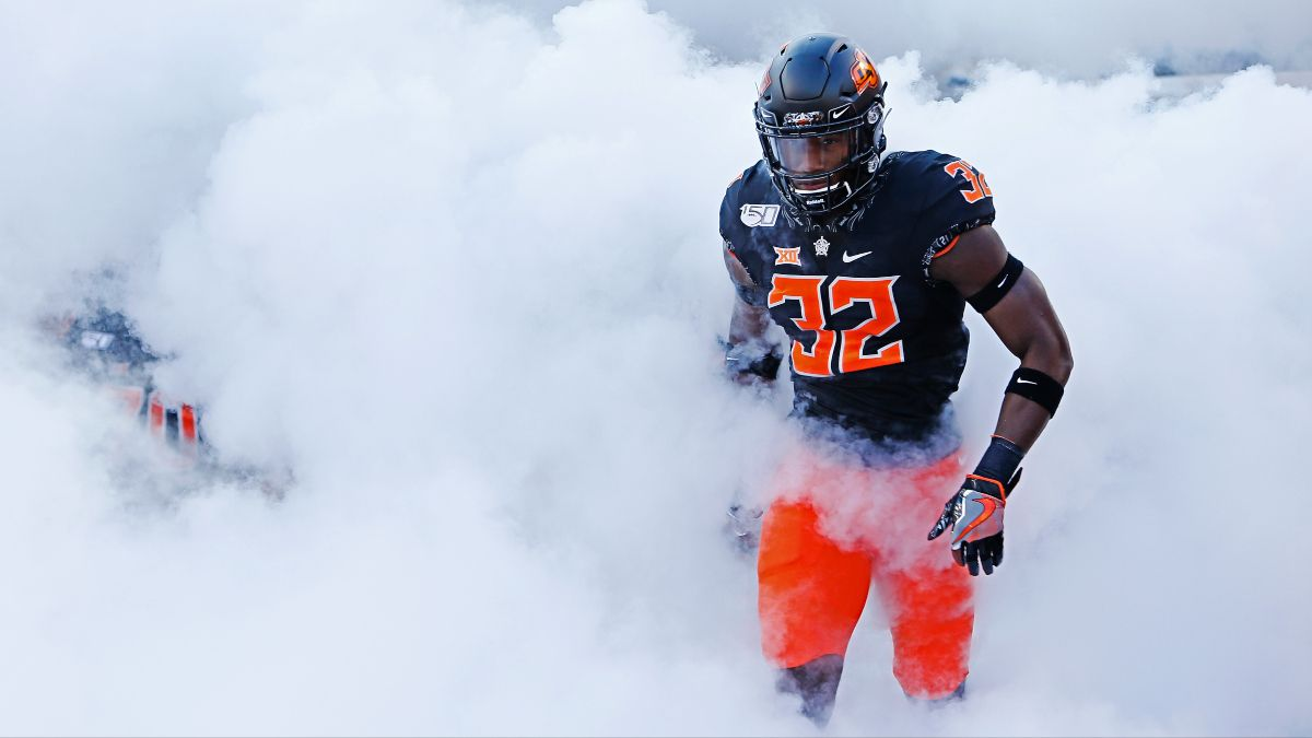 Tuesday Cheez-It Bowl College Football Odds & Picks for Oklahoma State vs. Miami (Dec. 29) article feature image