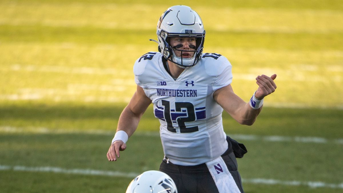Northwestern vs. Ohio State Odds & Pick: Sharps & Experts Hitting Saturday's Big Ten Championship Spread article feature image