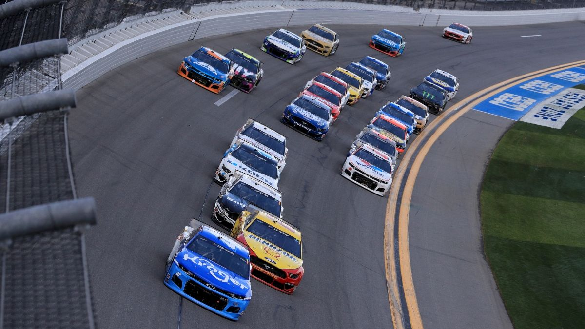 2021 Daytona 500 Odds, Picks & Predictions: 3 Early Bets for NASCAR's Biggest Race article feature image