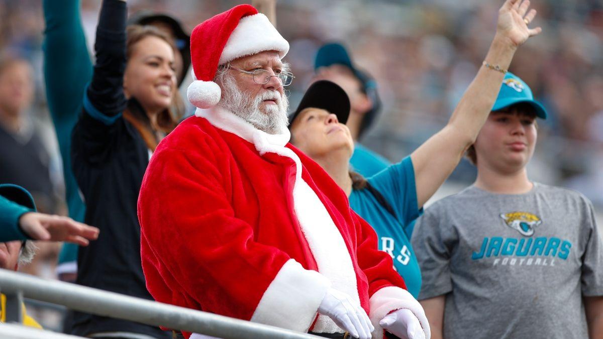Five Holiday Gift Ideas for the Sports Fan & Bettor in Your Life article feature image