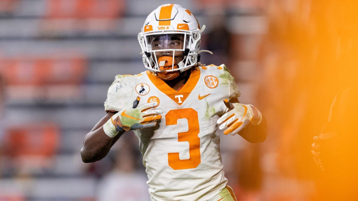College Football Odds & Picks for Tennessee vs. Vanderbilt: Betting Value on Saturday's Over/Under article feature image