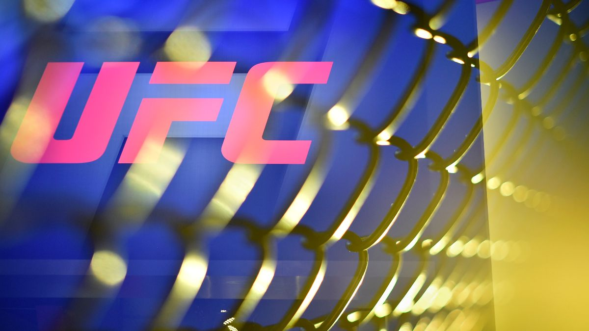 UFC 256: Betting Odds, Picks & Model Projections for All 10 Fights (Saturday, Dec. 12) article feature image