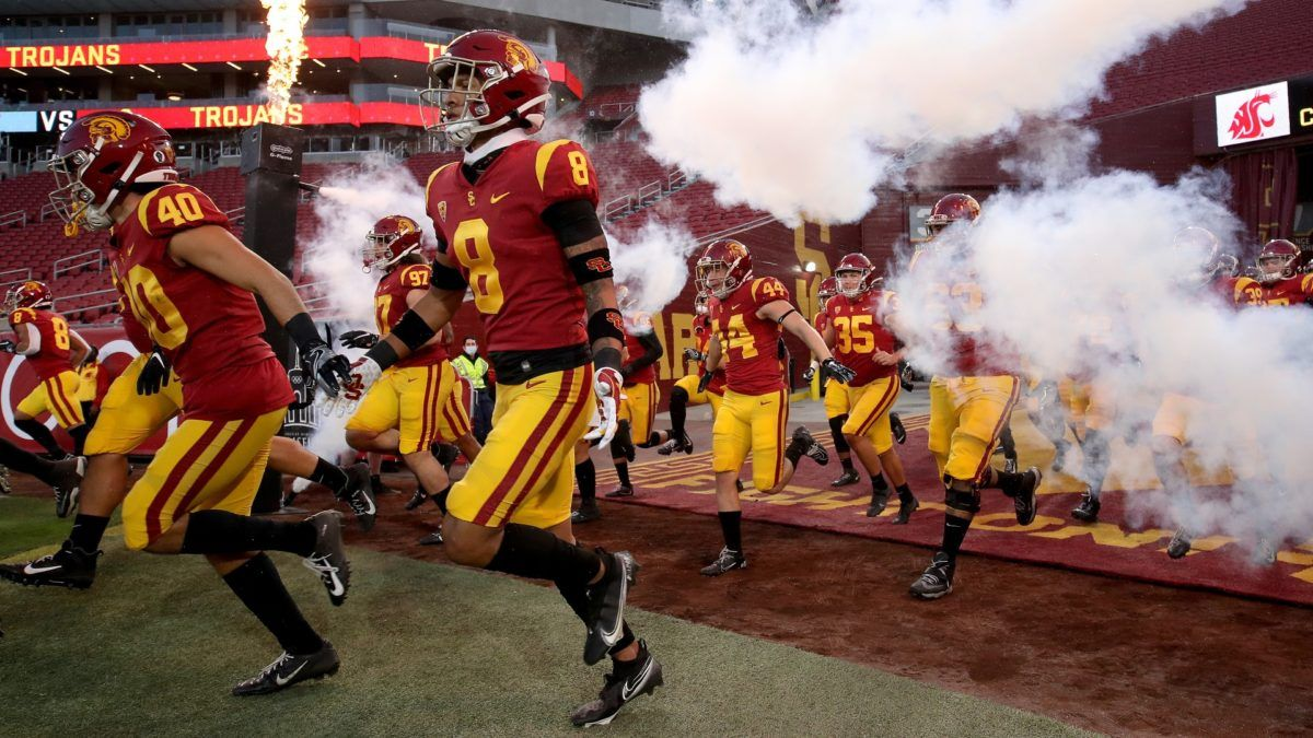 USC vs. UCLA Odds & Picks: Bet the Trojans to Stay Undefeated in Saturday Showdown article feature image