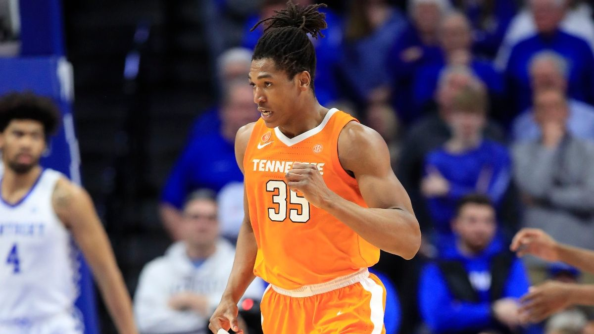 Tennessee vs. Missouri College Basketball Betting Odds & Pick: Target the Total in Top-12 SEC Matchup article feature image