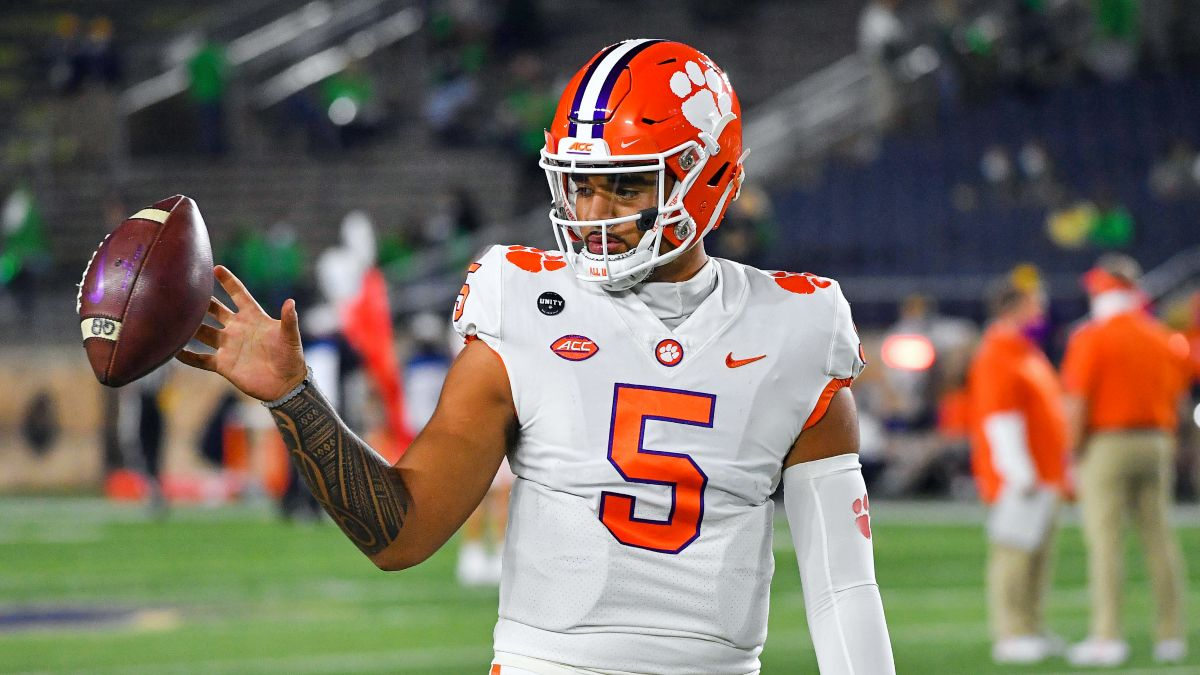 2022 College Football Playoff National Championship Odds Tracker: Clemson, Alabama Open as Co-Favorites article feature image