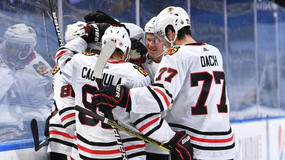 Blackhawks vs. Lightning Promo: Bet $20, Win $125 if There's a Goal! article feature image
