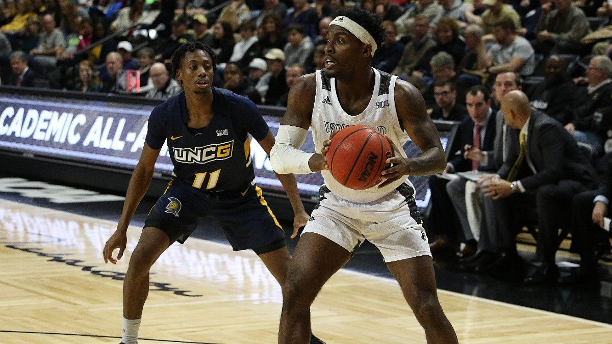 Wednesday College Basketball Odds & Picks: Smart Money Moving UNC Greensboro vs. Wofford Spread article feature image