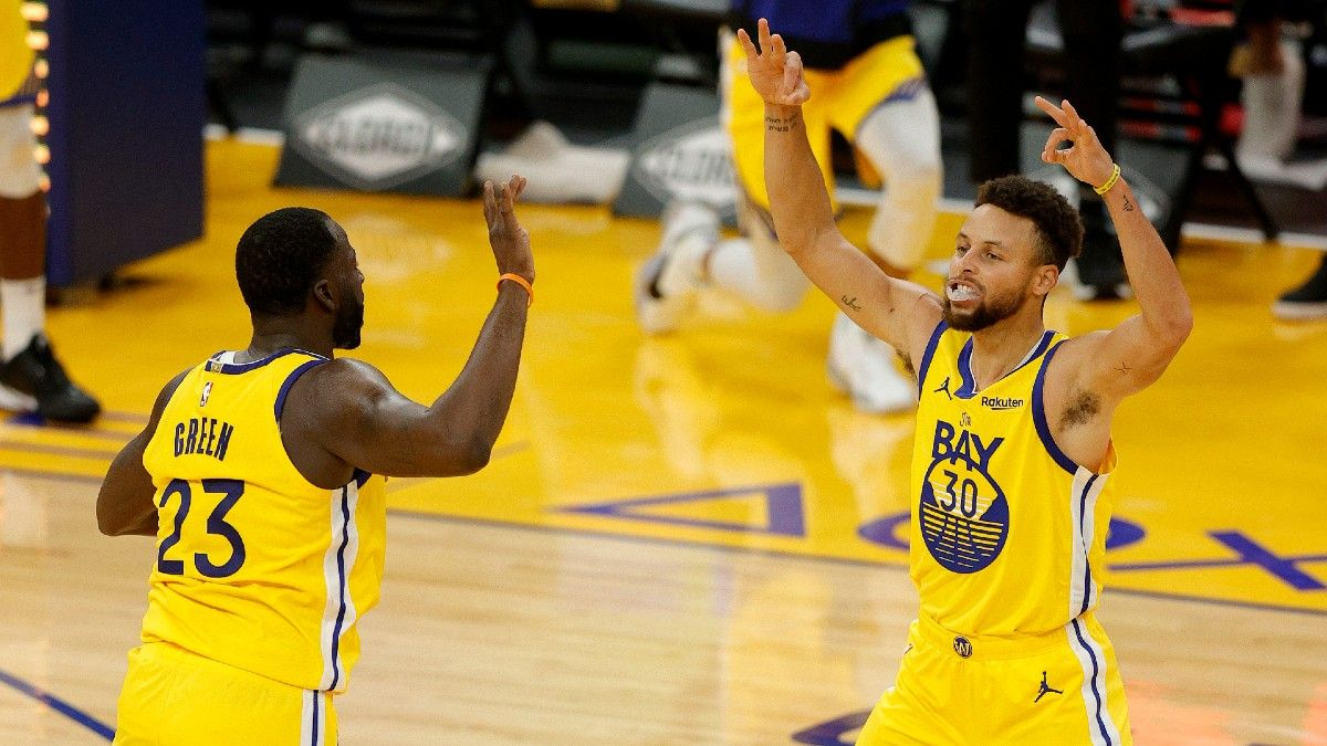 Warriors vs. Mavericks Odds & Picks: Can Golden State Keep Rolling Against Sub-.500 Teams? article feature image