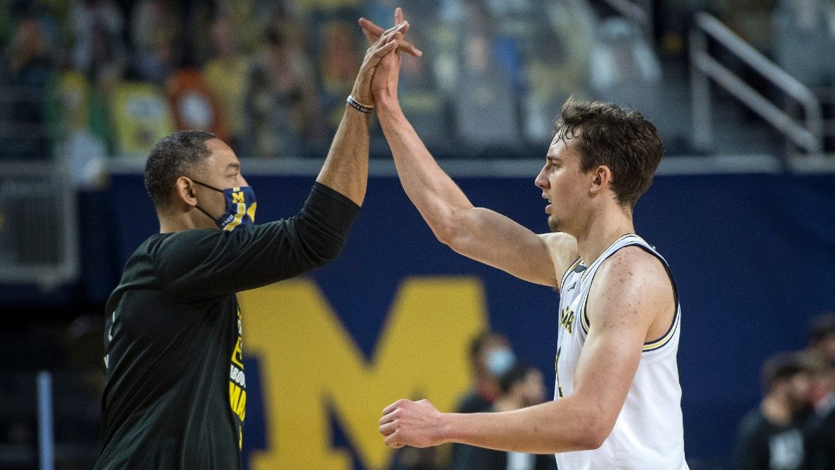 Odds & Pick for Michigan vs. Purdue College Basketball: Even as Road Favorites, Wolverines Are Smart Play (January 22) article feature image
