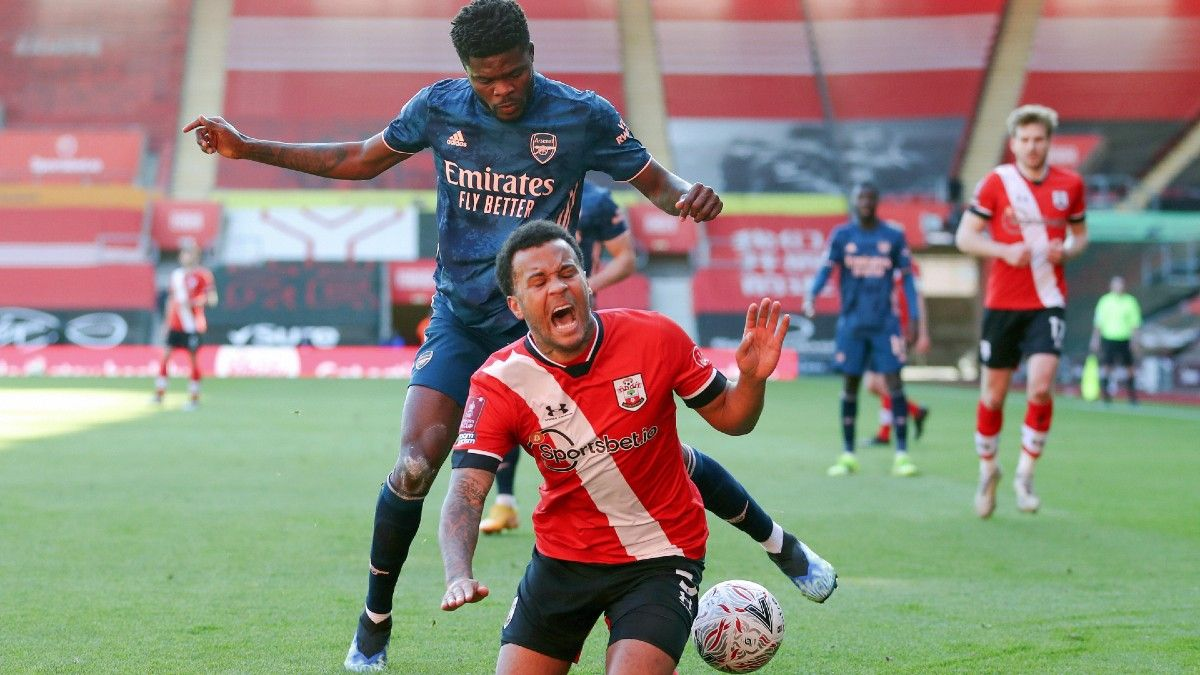 Southampton vs. Arsenal Tuesday EPL Betting Odds, Picks & Predictions (Jan. 26) article feature image