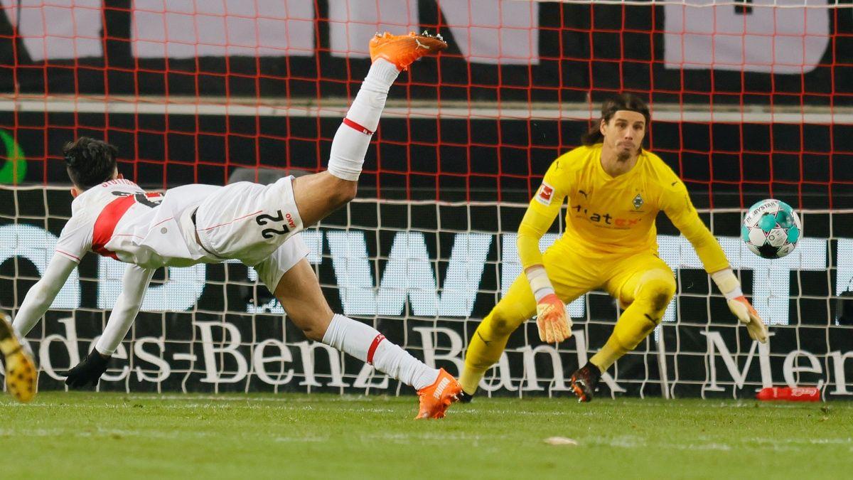 Bundesliga Odds & Betting Picks for Borussia Mönchengladbach vs. Borussia Dortmund (Friday, Jan. 22) article feature image