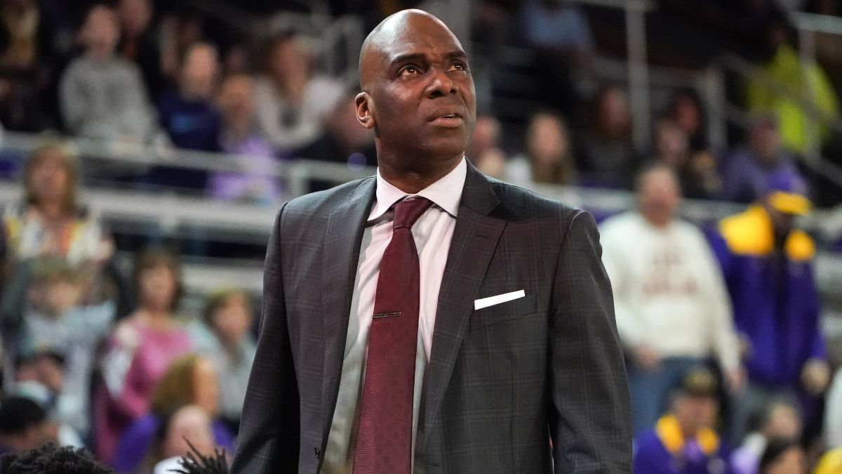 Sunday College Basketball Odds & Picks: Tulane vs. Temple Attracting Sharp Betting Action article feature image