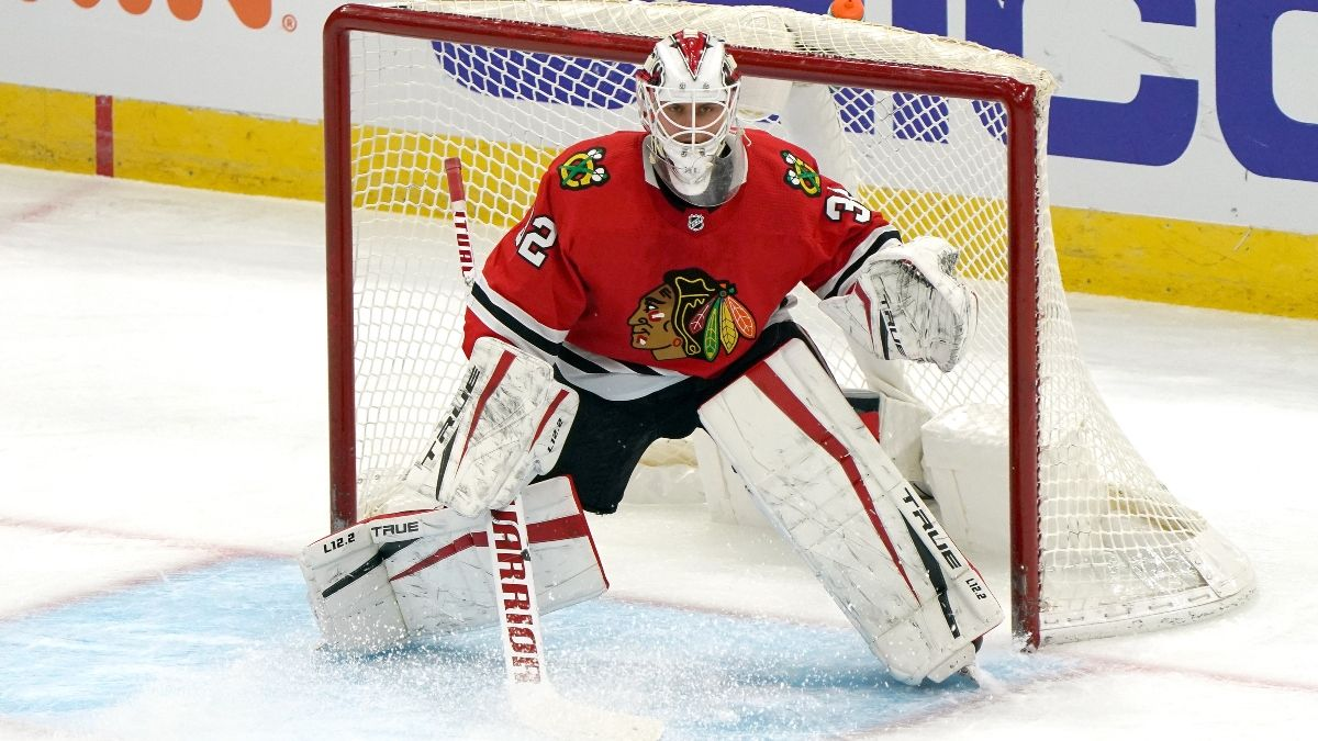 Blue Jackets vs. Blackhawks Odds, Picks & Predictions: Should the Odds Be This Tight? (Friday, Jan. 29) article feature image