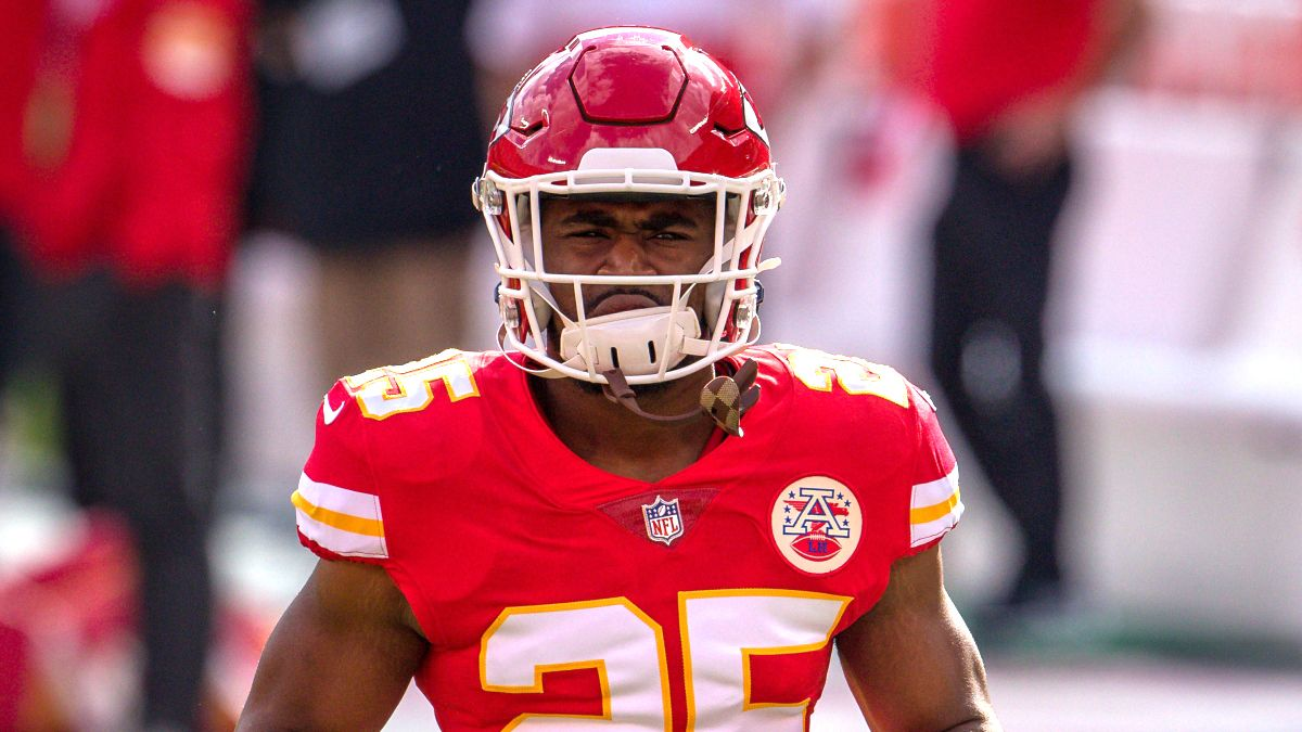 Clyde Edwards-Helaire Injury Status: Chiefs RB Reportedly Out for Sunday's Game vs. Browns article feature image