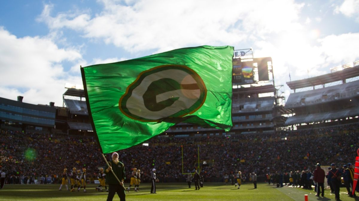 Green Bay Weather Forecast: Some Wind Expected for Rams vs. Packers at Lambeau Field Saturday (Jan. 16) article feature image