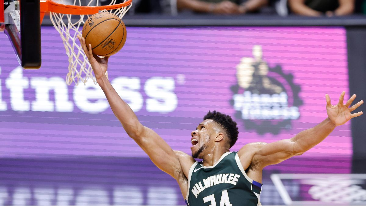 Friday NBA Betting Odds & Picks for Celtics vs. Bucks: Smart Money Siding With Milwaukee (March 26) article feature image