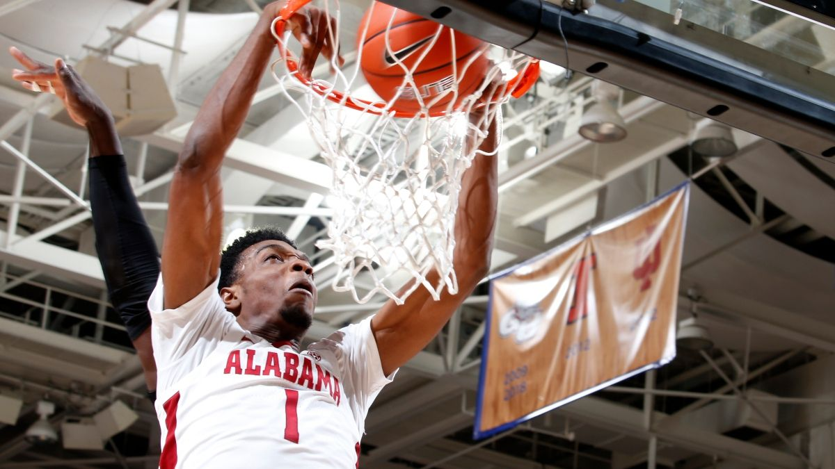 College Basketball Odds & Pick for Alabama vs. LSU: Bet the Surging Tide As Road Underdog article feature image