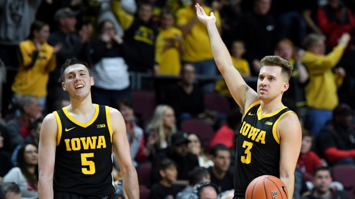 Odds & Pick for Indiana vs. Iowa College Basketball: Bet Hawkeyes to Dominate Hoosiers article feature image