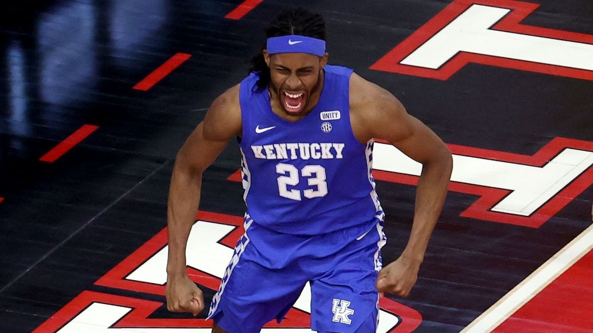 Alabama vs. Kentucky College Basketball PRO Report: How Sharps, Experts Are Betting Tuesday Night's Spread article feature image