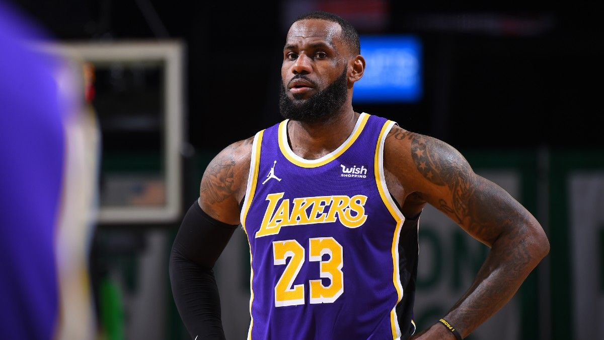 Lakers vs. Hawks NBA Odds & Picks: Bet the Los Angeles Team Total article feature image