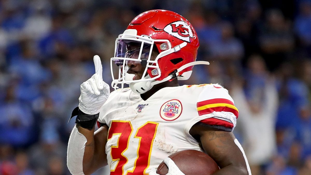 How To Target Darrel Williams On Fantasy Waiver Wire: How Much FAAB To Bid To Roster Chiefs RB article feature image