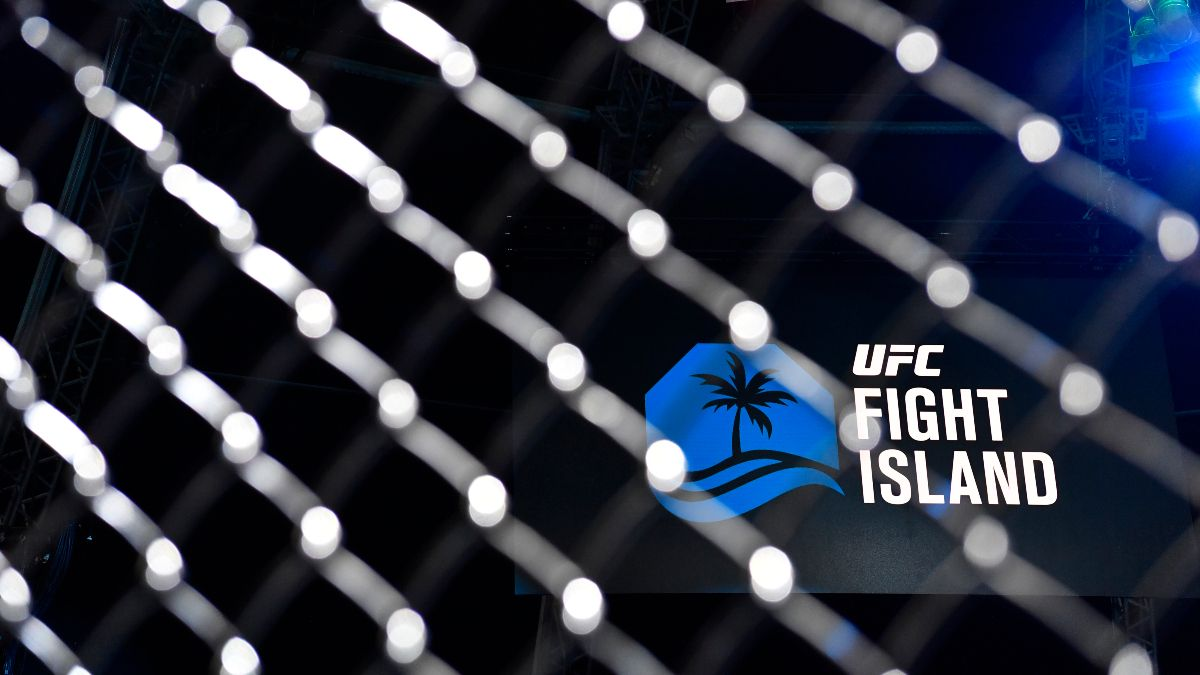 UFC Fight Night Odds & Picks: Zerillo's Betting Card for Saturday's 11 Fights (January 16) article feature image