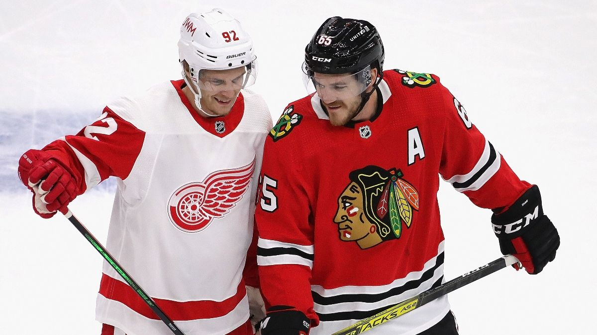 Sunday NHL Odds & Picks for Red Wings vs. Blackhawks: Underdog Has Value in Detroit-Chicago Battle (Jan. 24) article feature image
