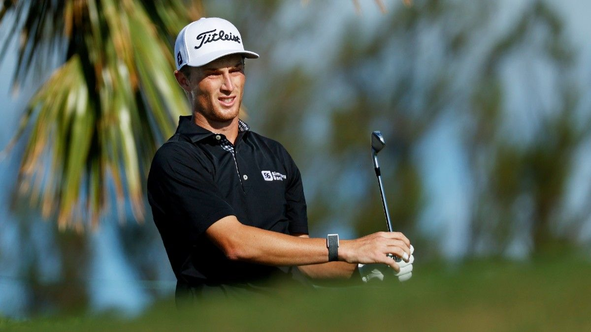 2021 Waste Management Phoenix Open Buys & Fades: Looking Back and Ahead Using Strokes Gained Data article feature image