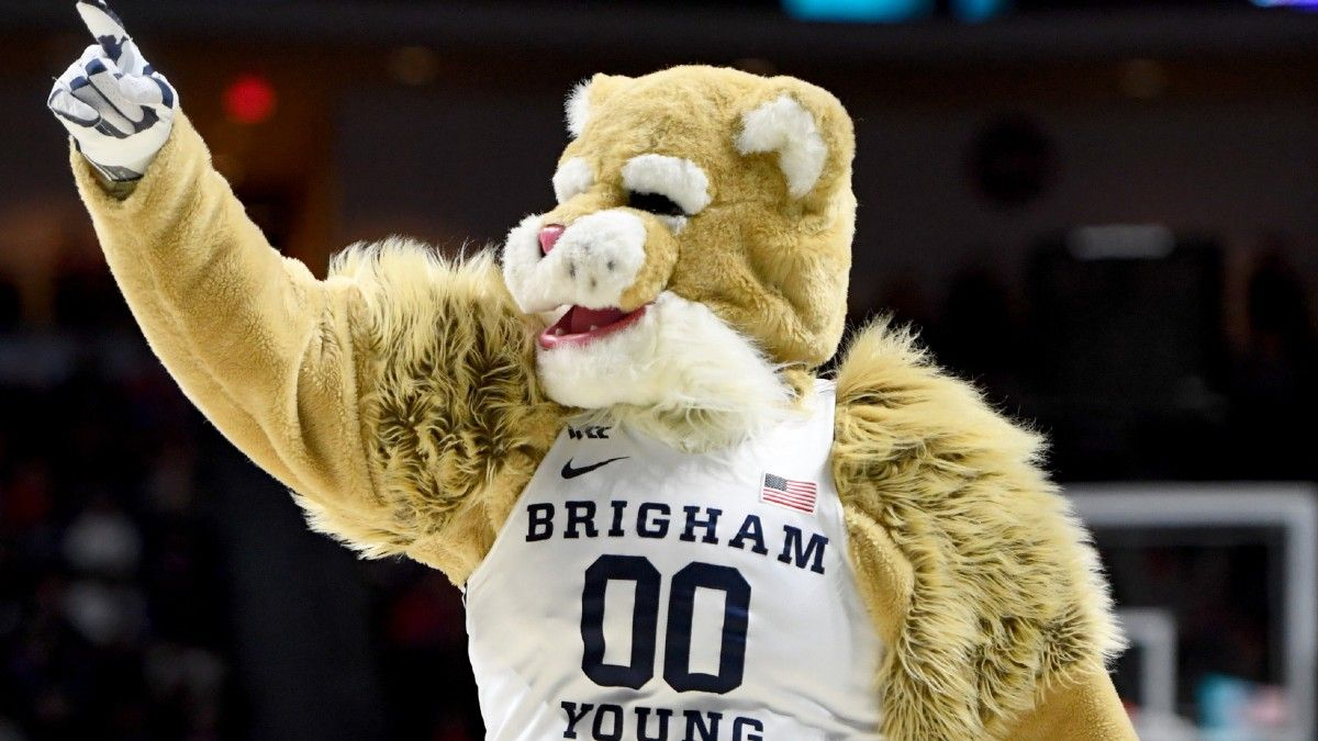 College Basketball Mid-Major Betting Report: Finding Value in WCC's Second Tier of BYU, Saint Mary's, San Francisco article feature image