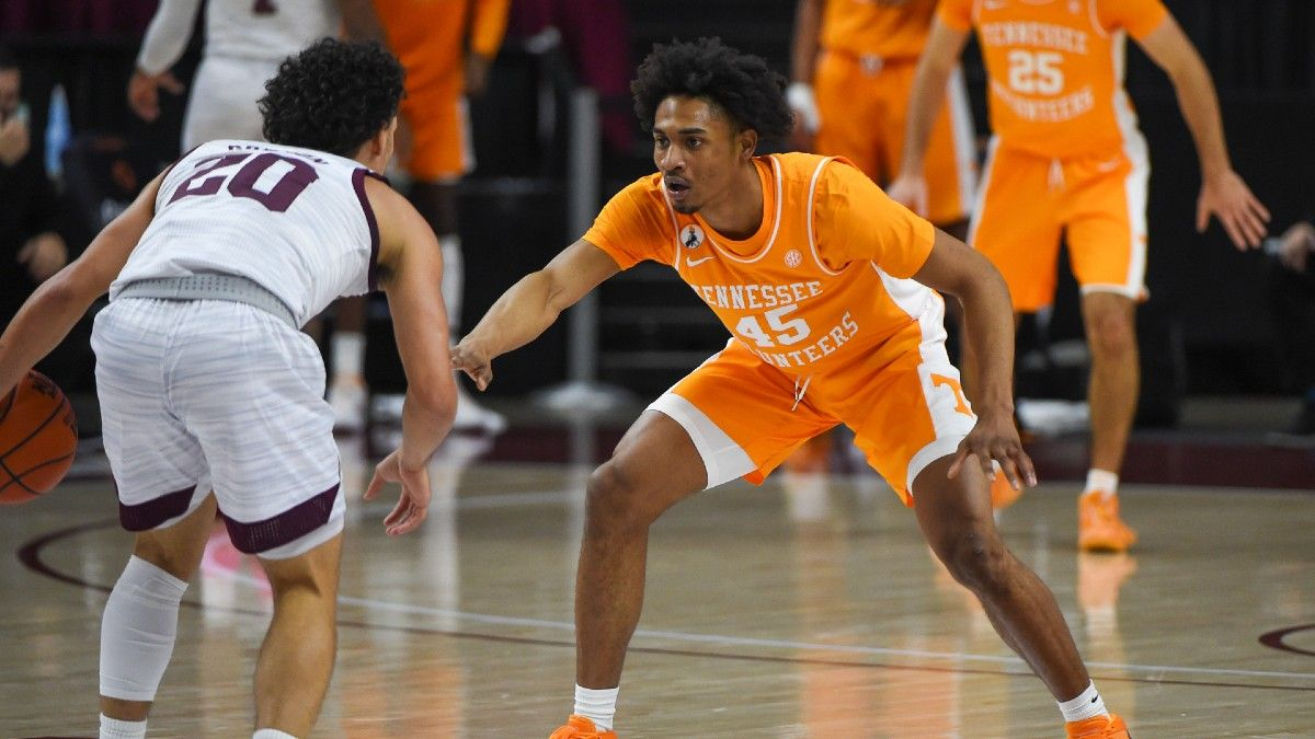 Tennessee vs. Ole Miss College Basketball Betting Odds & Pick: Take the Underdog Rebels (Feb. 2) article feature image