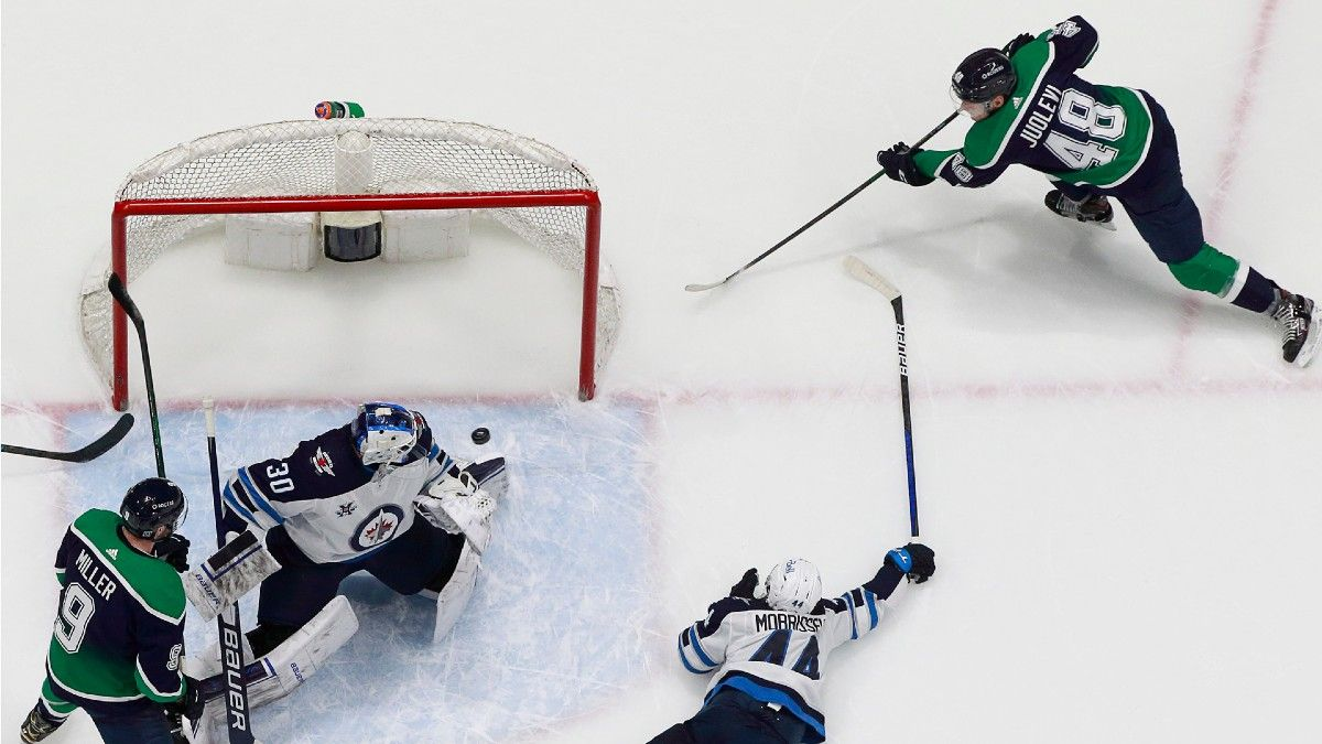 NHL Betting Odds & Picks for Canucks vs. Jets: Winnipeg Defense Regressing in a Major Way (Feb. 21) article feature image