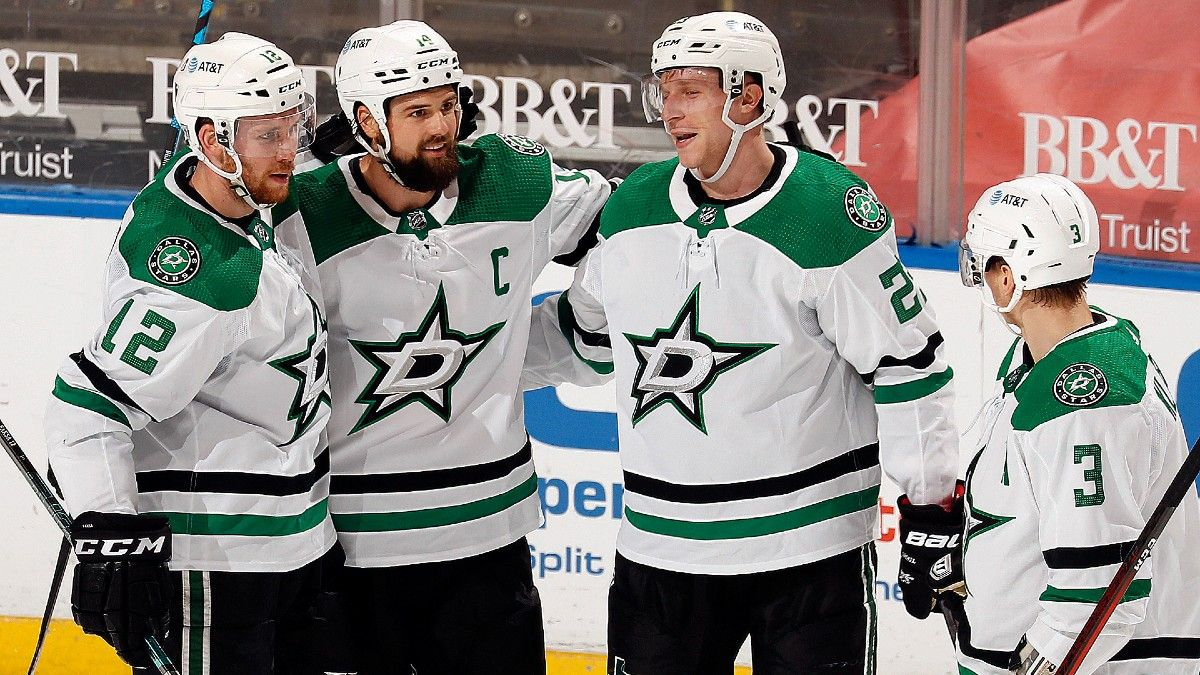 NHL Odds & Pick for Stars vs. Lightning: Defending Champs Face Tough Test in Stanley Cup Rematch (Feb. 27) article feature image