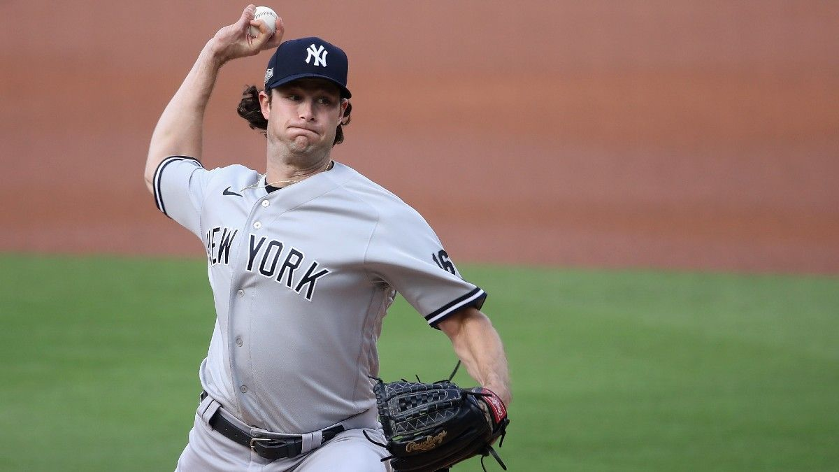 2021 MLB Cy Young Betting Odds: Gerrit Cole, Jacob deGrom Favored article feature image