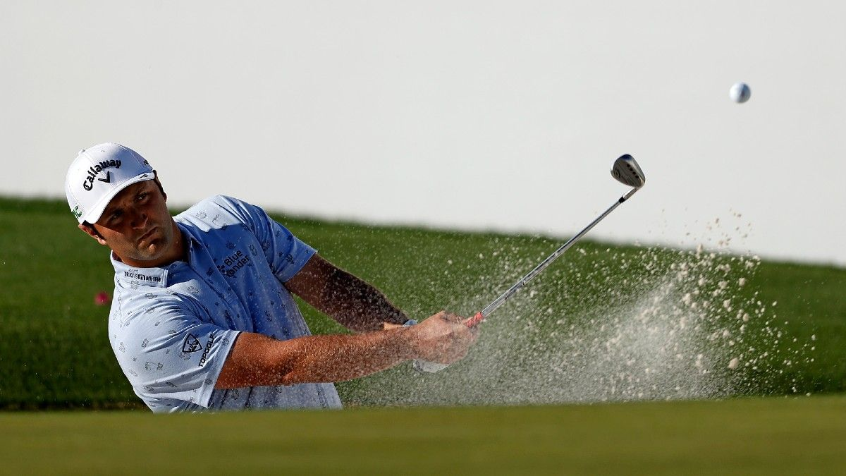 Waste Management Phoenix Open Round 3 Buys & Fades: Finding Value Using Strokes Gained Data article feature image