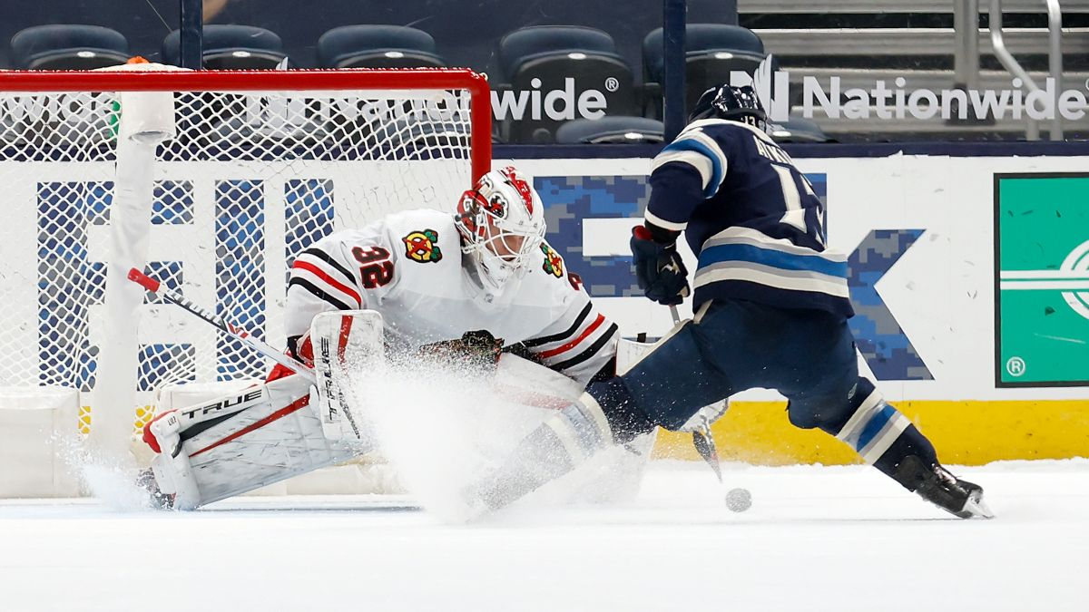 NHL Odds & Pick for Blackhawks vs. Blue Jackets: Value on the Total in Columbus (Thursday, Feb. 25) article feature image