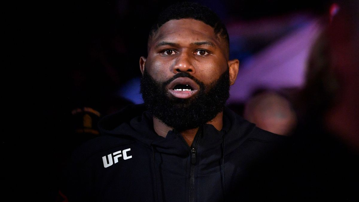 UFC Fight Night Betting Odds: Curtis Blaydes Favored to Win by Finish vs. Derrick Lewis article feature image