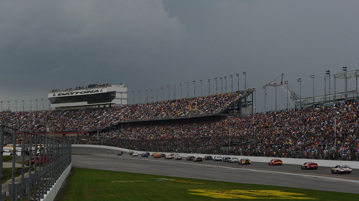 Daytona 500 Red Flag: The Live Bet To Make During the Great American Race's Rain Delay article feature image
