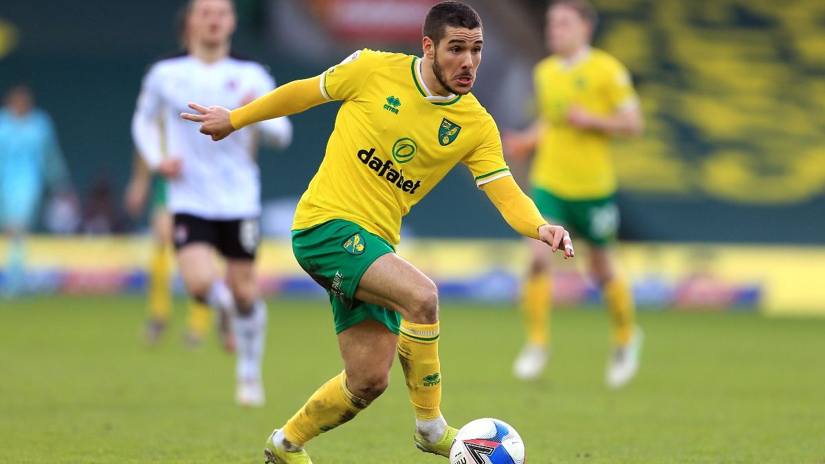 English Championship Odds & Picks For Norwich City vs. Brentford on Wednesday article feature image