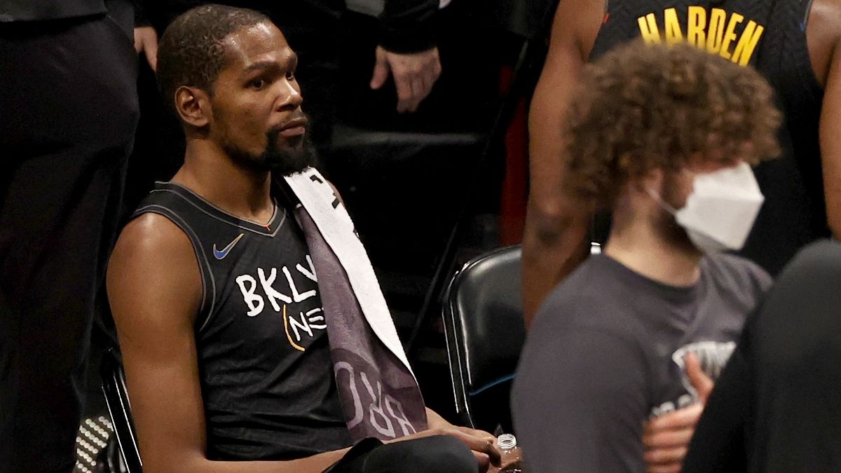 NBA Injury News & Starting Lineups (Feb. 6): Kyrie Irving Out, Kevin Durant Upgraded to Questionable Saturday article feature image